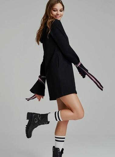 Kapüşonlu Mini Elbise-Agenda